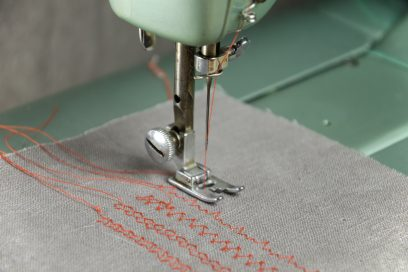 December Discount Sewing Lessons